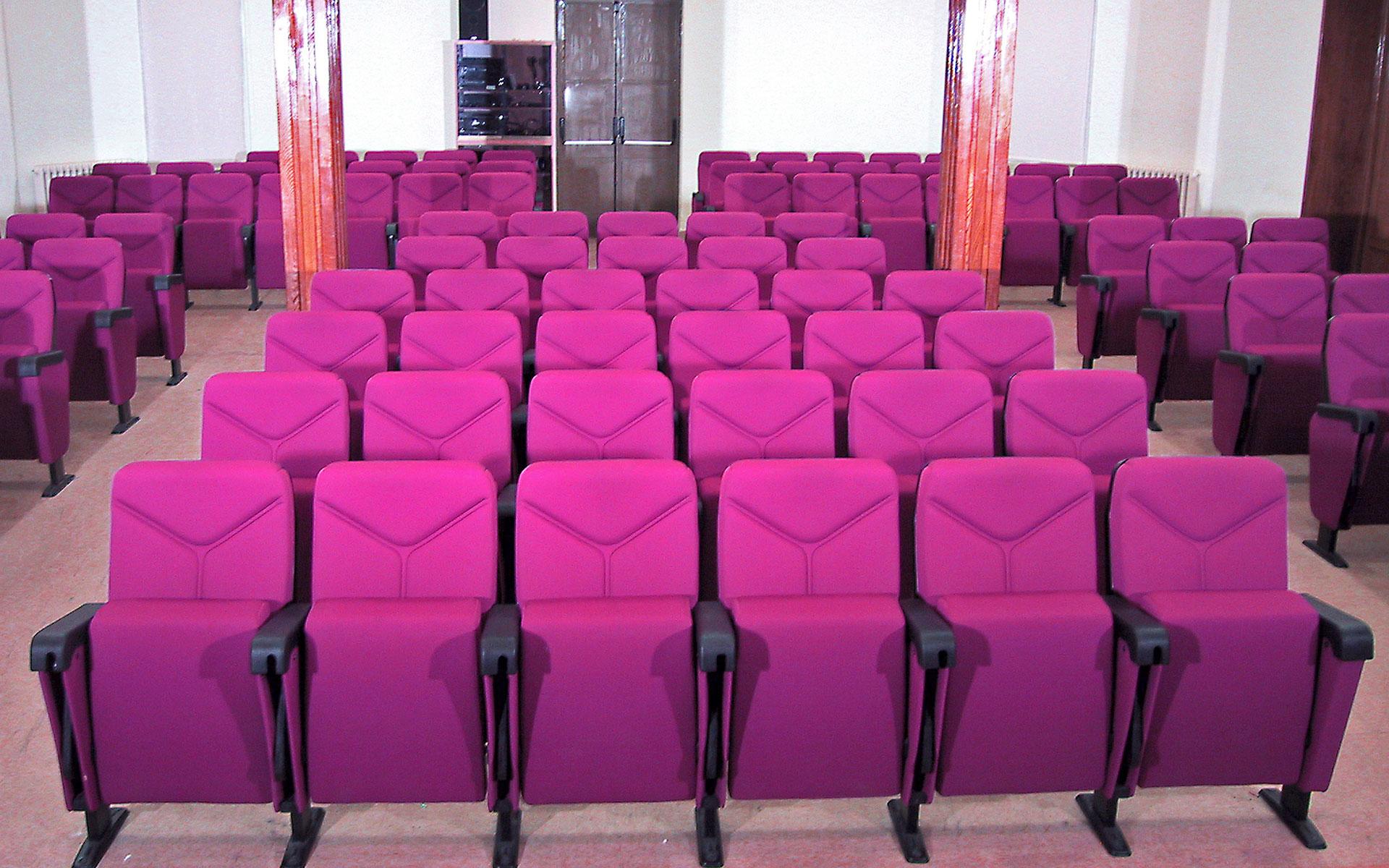 Proyectos butacas para auditorios euro seating - Universidad de diseno madrid ...