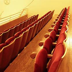 Teatro Valadares, Portugal